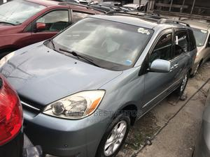 Toyota Sienna 2005 XLE Limited AWD Blue | Cars for sale in Lagos State, Amuwo-Odofin