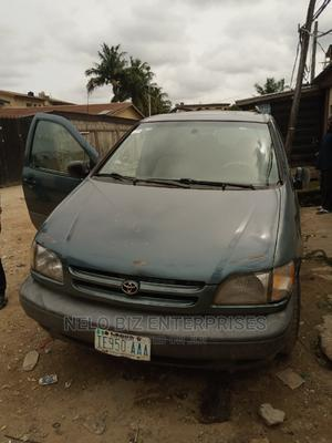 Toyota Sienna 2001 CE Blue   Cars for sale in Lagos State, Kosofe