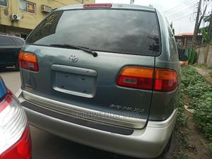 Toyota Sienna 2000 Green | Cars for sale in Lagos State, Ikeja