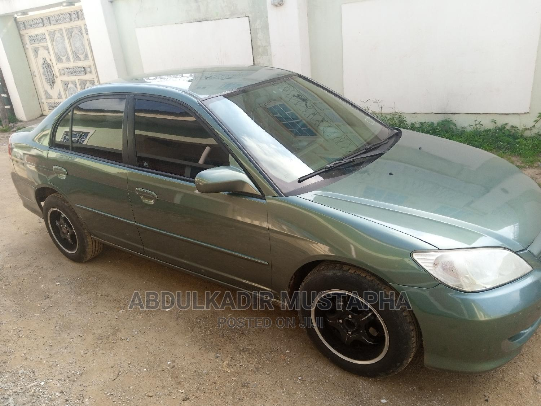 Archive: Honda Civic 2005 1.6i LS Automatic Green