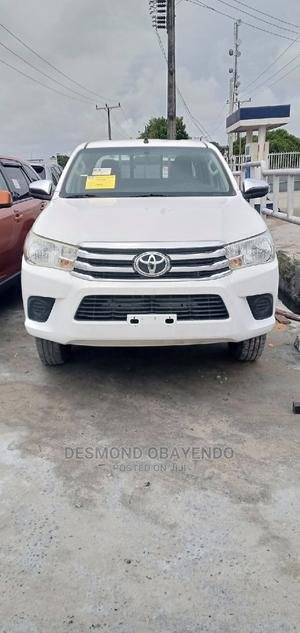 Toyota Hilux 2016 WORKMATE 4x4 White | Cars for sale in Lagos State, Ajah