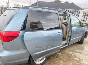 Toyota Sienna 2005 XLE Limited Blue | Cars for sale in Lagos State, Ojodu