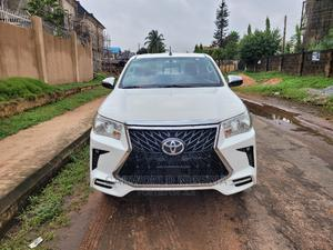 Toyota Hilux 2016 SR5 4x4 White | Cars for sale in Edo State, Benin City