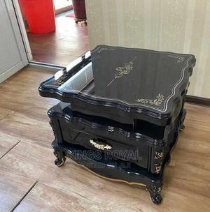 Imported Executive Royal Sofa Center Table $ Inbuilt Drawer   Furniture for sale in Lagos State, Lekki