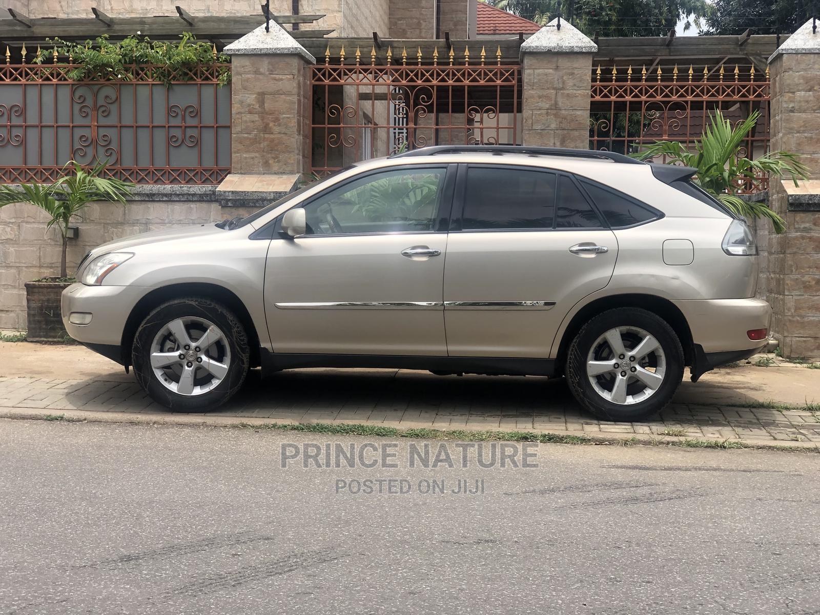 Lexus RX 2005 330 Silver | Cars for sale in Garki 2, Abuja (FCT) State, Nigeria