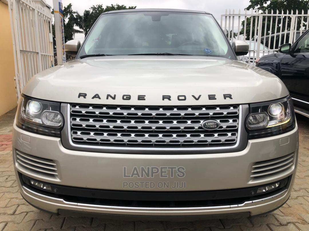 Land Rover Range Rover 2014 Gold