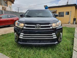 Toyota Highlander 2016 XLE V6 4x2 (3.5L 6cyl 6A) Black   Cars for sale in Lagos State, Ikeja