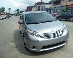 Toyota Sienna 2011 XLE 7 Passenger Mobility Silver   Cars for sale in Lagos State, Ajah