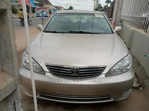 Toyota Camry 2005 Gold | Cars for sale in Lagos State, Isolo
