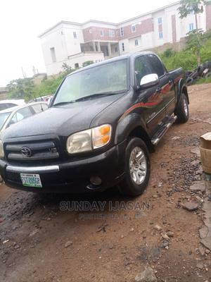 Toyota Tundra 2005 4x4 SR5 Access Cab Black | Cars for sale in Oyo State, Ido