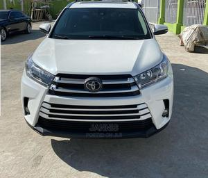 Toyota Highlander 2019 White   Cars for sale in Lagos State, Ogba