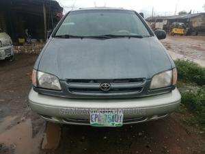Toyota Sienna 2002 Green   Cars for sale in Lagos State, Alimosho