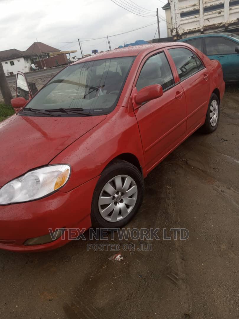 Toyota Corolla 2005 LE Red