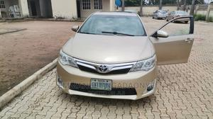 Toyota Camry 2013 Gold | Cars for sale in Abuja (FCT) State, Central Business District