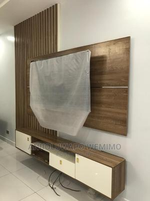 Tv Entertainment Unit(Console)   Furniture for sale in Lagos State, Ojota