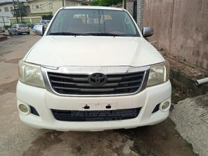 Toyota Hilux 2014 SR5 4x4 White | Cars for sale in Lagos State, Ikeja
