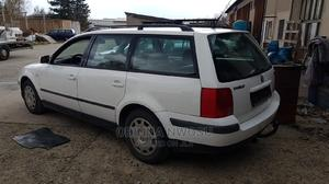 Volkswagen Passat 2004 1.8 T White | Cars for sale in Lagos State, Isolo