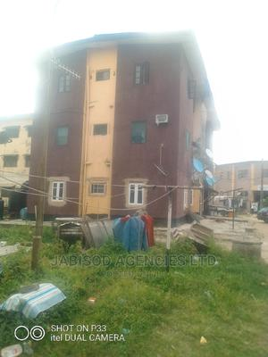 3bdrm Block of Flats in Iponri/Alaka Lsdpc, Surulere for Rent | Houses & Apartments For Rent for sale in Lagos State, Surulere