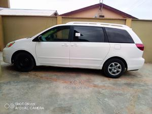 Toyota Sienna 2005 LE AWD White | Cars for sale in Lagos State, Ikeja