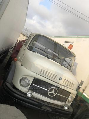 Mercedes-Benz 911 Tipper 6tyres Spring Spring | Trucks & Trailers for sale in Lagos State, Apapa