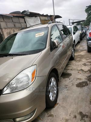 Toyota Sienna 2005 XLE Gold   Cars for sale in Lagos State, Ogba