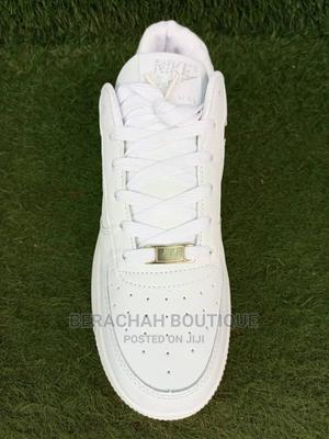 Men Nike White Canvans   Shoes for sale in Abuja (FCT) State, Gwarinpa