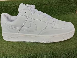 Men Nike White Canvas   Shoes for sale in Abuja (FCT) State, Gwarinpa
