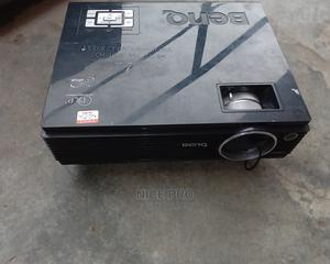 30%Off on This Projector | TV & DVD Equipment for sale in Lagos State, Yaba