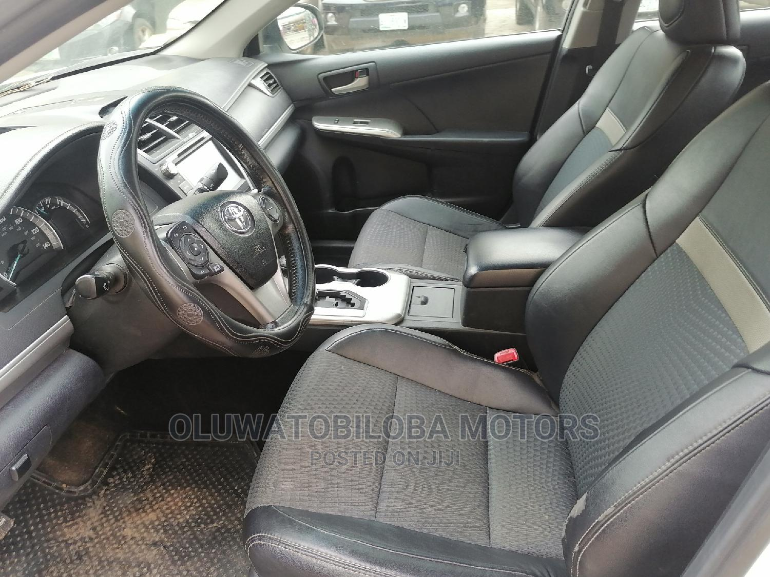 Mercedes-Benz GLK-Class 2011 350 White   Cars for sale in Alimosho, Lagos State, Nigeria