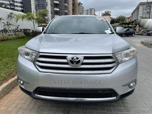 Toyota Highlander 2013 Limited 3.5l 4WD Silver | Cars for sale in Lagos State, Ikoyi