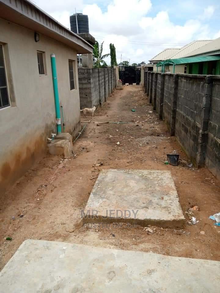 Furnished 3bdrm Bungalow in Igbogbo for Sale   Houses & Apartments For Sale for sale in Igbogbo, Ikorodu, Nigeria