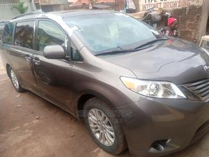 Toyota Sienna 2011 XLE 7 Passenger Mobility Gray | Cars for sale in Lagos State, Alimosho