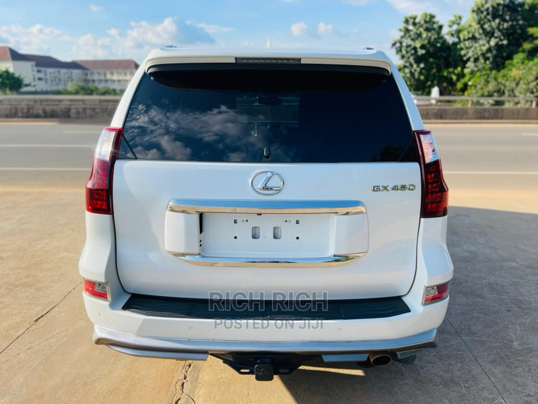 Archive: Lexus GX 2017 460 Luxury White