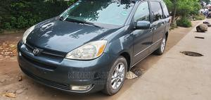 Toyota Sienna 2005 Green   Cars for sale in Lagos State, Surulere