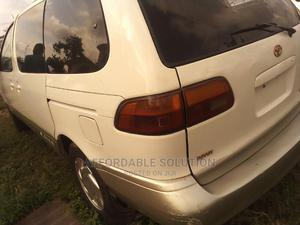 Toyota Sienna 1999 LE 4dr White   Cars for sale in Lagos State, Abule Egba