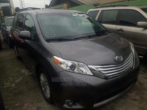 Toyota Sienna 2012 XLE 8 Passenger Gray | Cars for sale in Lagos State, Ifako-Ijaiye