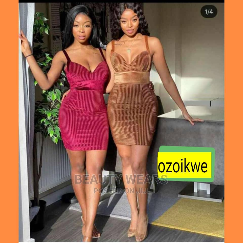 Quality Ladies Fitted Short Gown | Clothing for sale in Ikeja, Lagos State, Nigeria