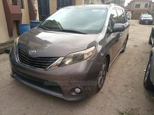 Toyota Sienna 2011 SE 8 Passenger Gray | Cars for sale in Lagos State, Yaba