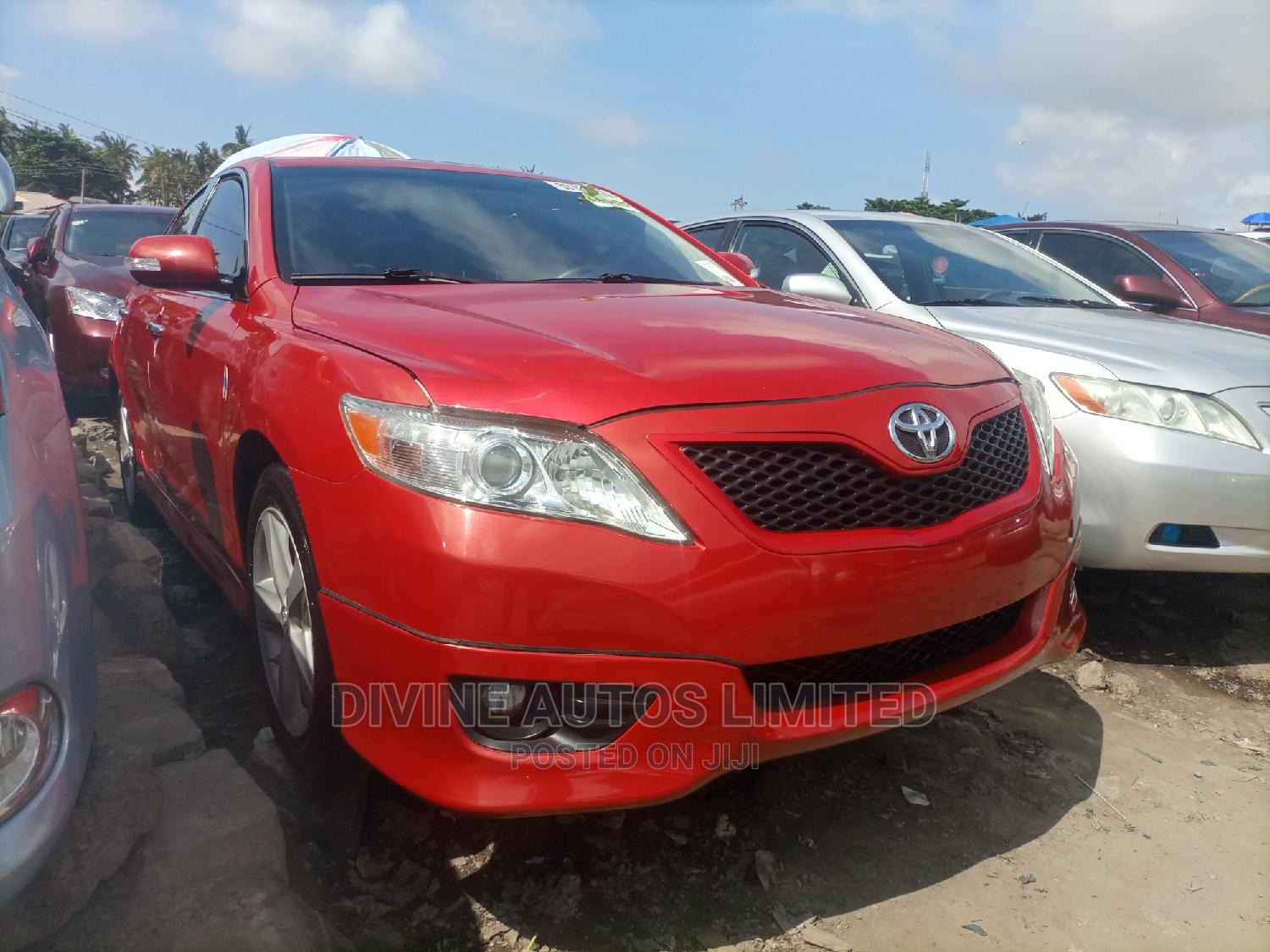 Toyota Camry 2011 Red