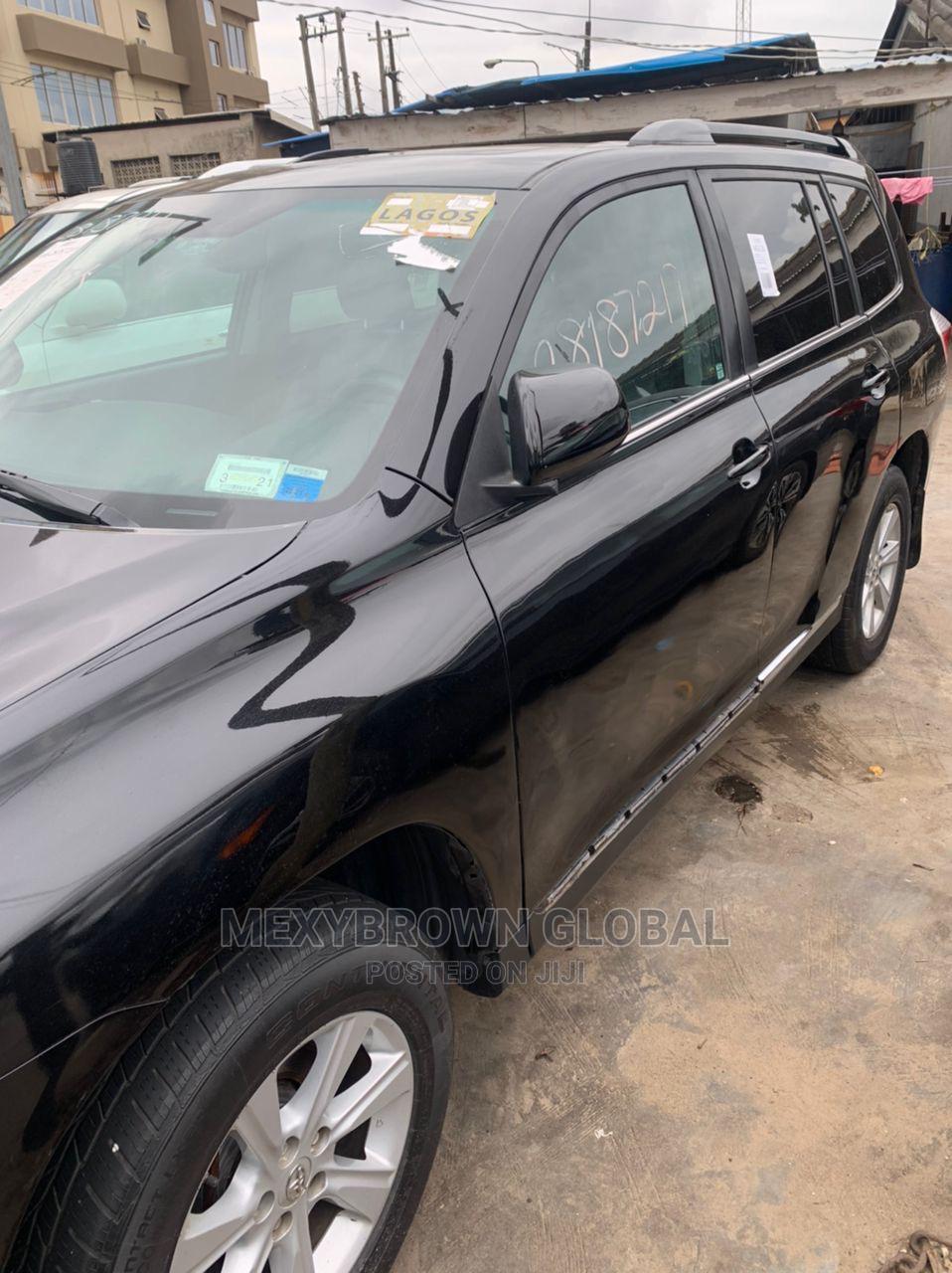 Toyota Highlander 2014 Black | Cars for sale in Surulere, Lagos State, Nigeria