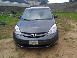 Toyota Sienna 2010 XLE 7 Passenger Gray | Cars for sale in Lagos State, Isolo