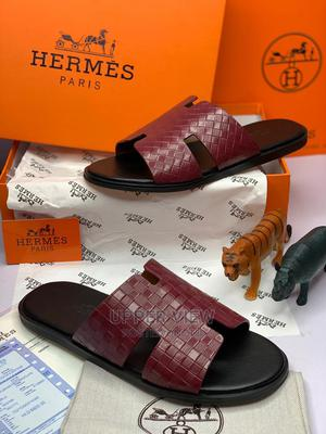 MEN'S DESIGNER PALM Slippersbeautiful Design Quality Durable   Shoes for sale in Lagos State, Oshodi