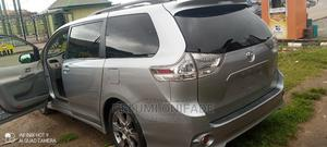 Toyota Sienna 2013 LE FWD 8-Passenger Burgandy | Cars for sale in Ondo State, Akure