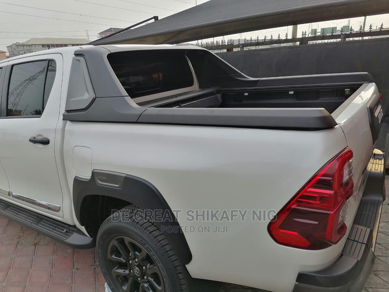 Carry Boy Roller for Toyota Hilux 2012 ,2015 and 2021 | Vehicle Parts & Accessories for sale in Mushin, Lagos State, Nigeria