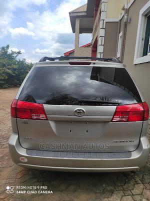 Toyota Sienna 2005 XLE Silver | Cars for sale in Enugu State, Enugu