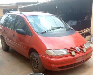 Volkswagen Sharan 2000 2.8 Red | Cars for sale in Lagos State, Ifako-Ijaiye