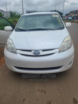 Toyota Sienna 2007 XLE White   Cars for sale in Oyo State, Ibadan