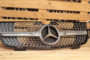 Diamond Front Grille GLK Mercedes Benz | Vehicle Parts & Accessories for sale in Lagos State, Surulere