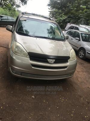 Toyota Sienna 2006 Gold | Cars for sale in Ogun State, Sagamu