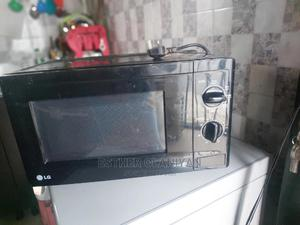 LG Microwave   Kitchen Appliances for sale in Lagos State, Ajah